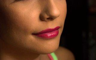 Как выбрать цвет помады в зависимости от цвета кожи, глаз, волос и возраста
