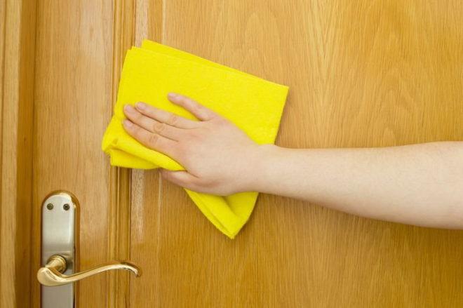 Чем отмыть жирные пятна на двери МДФ