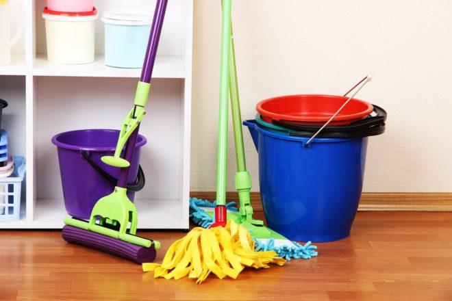 Средства для уборки квартиры
