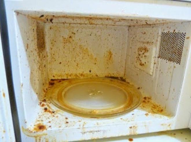 чистка микроволновки в домашних условиях