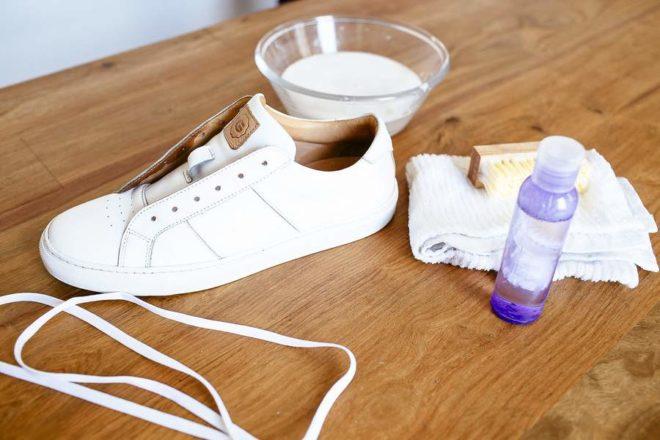 как отбелить белую подошву на обуви