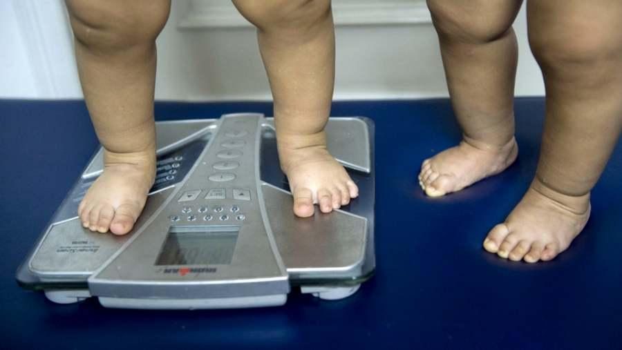 лишний вес у грудничка
